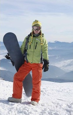 In snow wear and gear choices, high tech abounds