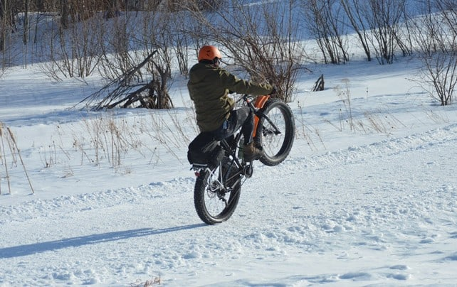 Fore! fat bikes float across the golf course
