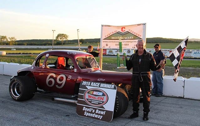 Durgan, Proctor split modified twin bill at Devil's Bowl Speedway
