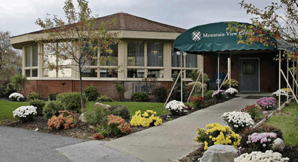 Two-person outdoor visits to be allowed at nursing homes