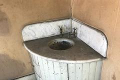 KOC-buildng-Vintage-sink-by-Brooke-Geery