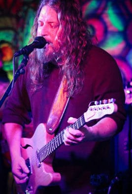 """Bow Thayer rocks Chandler in """"First Friday"""" series"""