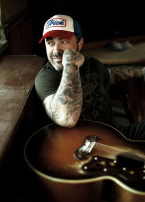 Aaron Lewis to perform at Paramount Theatre