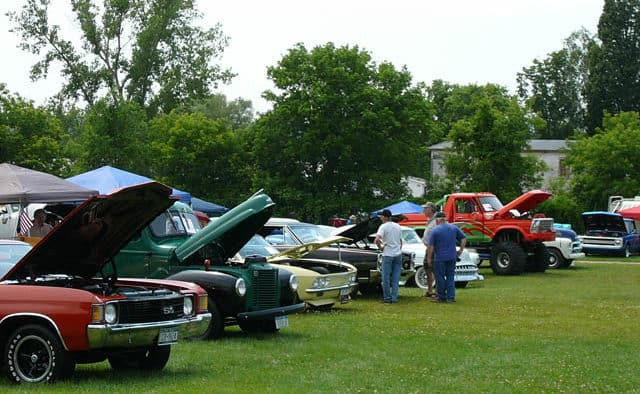 R.A.V.E. car show cruises into Fairgrounds