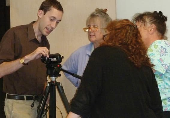PEGTV welcomes the public to video workshop