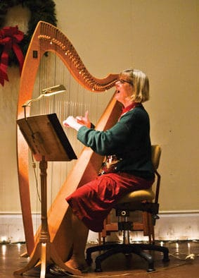 BarnArts hosts free 75-minute concert of winter carols