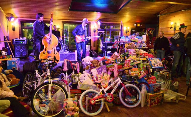 "Ted Arbo's ""Toys For Tots"" benefit set for Dec. 5 at the Foundry"