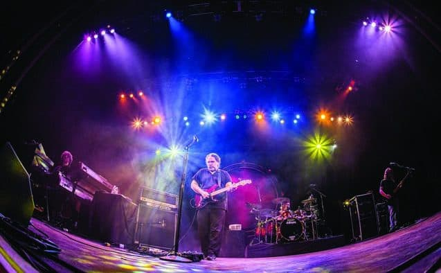 The Machine performs Pink Floyd at the Paramount
