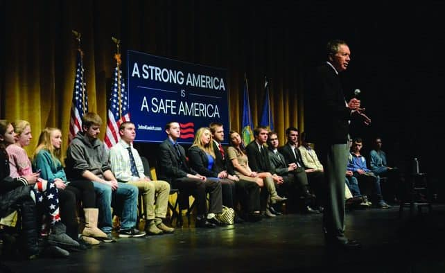 Kasich addresses a packed theater at Castleton University