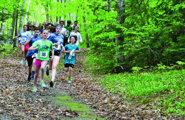 BarnArts races around Silver Lake
