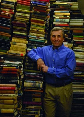 Norman Williams hosts Ken Gloss for lecture on old, vintage books