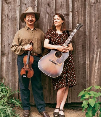 Jay Ungar and Molly Mason hold workshop, give concert at Chandler