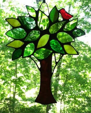 Stained glass workshop offers hands-on experience
