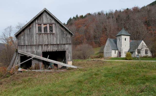 Mission Farm Church holds barn sale