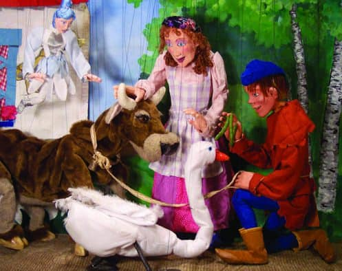 """No Strings Marionettes performs """"Jack and the Beanstock"""" at Chandler Music Hall, Saturday"""