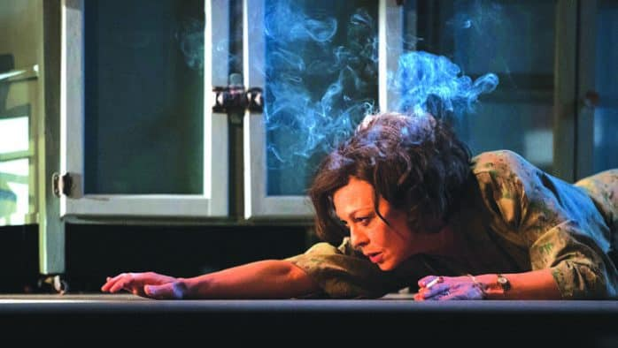 """National Theatre of Great Britain series begins with """"The Deep Blue Sea"""""""