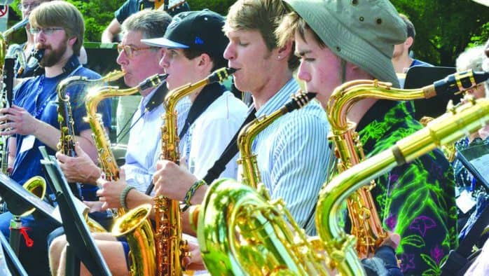 Brown Bag concerts return to Woodstock