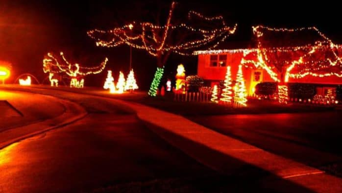 Town of Pittsford hosts holiday lights decorating contest