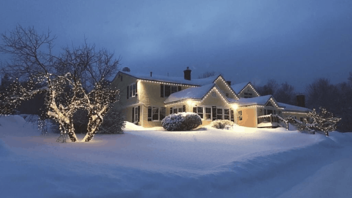 Resort-area businesses struggle to keep lights on even during the holiday weeks