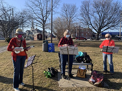 Rutland area ukulele group rejoins, seeks members