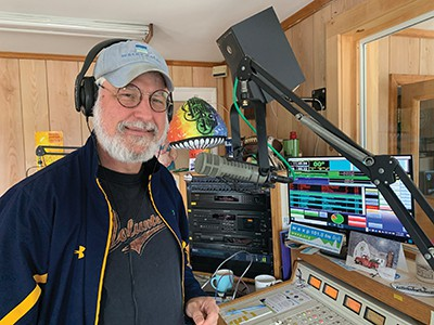 Uncle Dave's non-commercial radio holds spring fundraising campaign