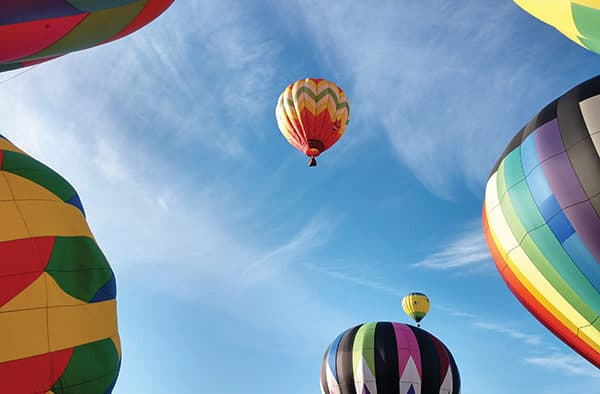 Balloon pilots remember colleague on eve of festival