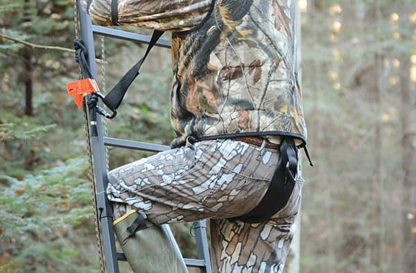 Staying safe while tree stand hunting